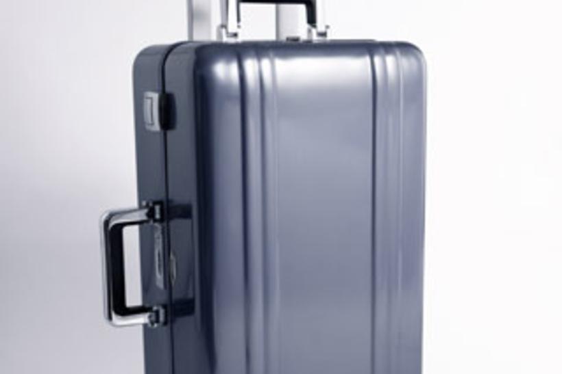 35a97d89956d 15 чемоданов, с которыми хорошо путешествовать. Фото   ForbesLife ...