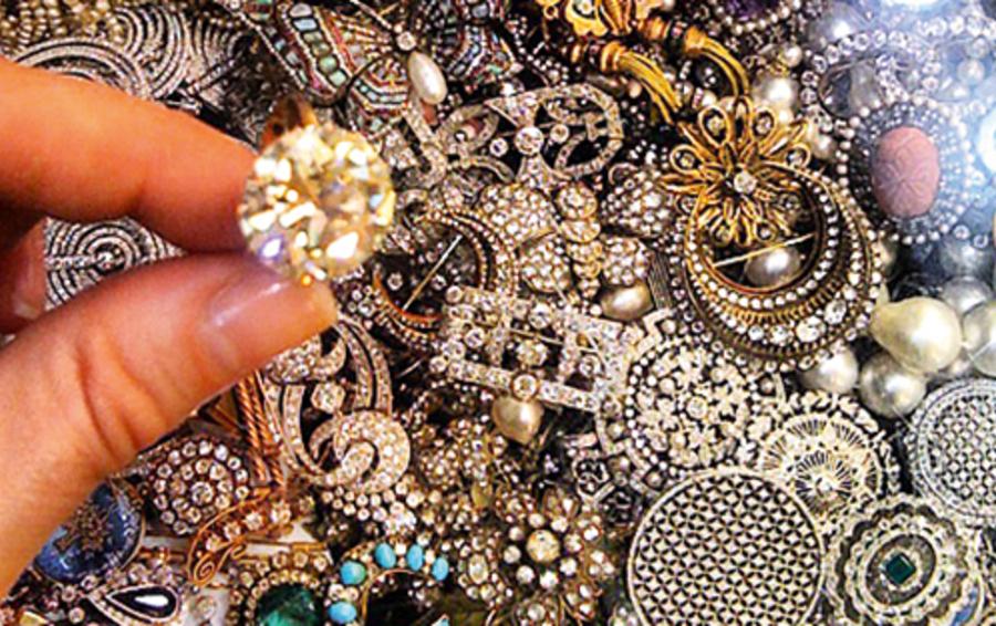 e48be692d140 Как деловой женщине выбирать и носить драгоценности    Forbes Woman ...
