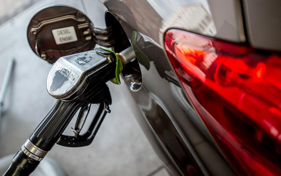 Недля слабонервных: наукраинских заправках резко подорожало топливо