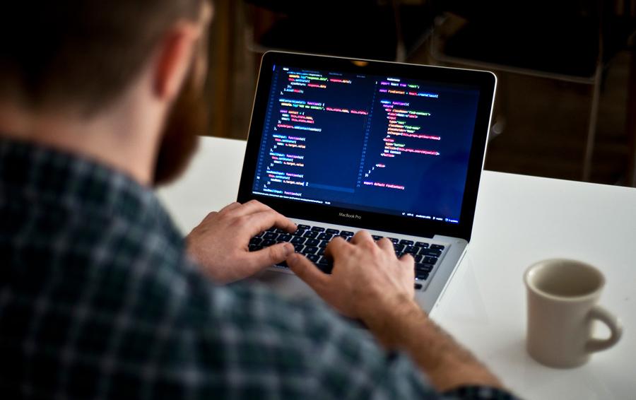 Новые вершины: зачем предпринимателю учиться программировать