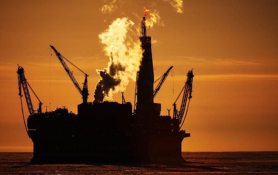 Стоимость нефти Brent и WTI вновь начала снижаться