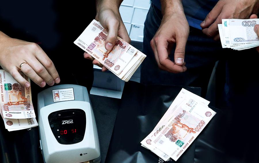Как заработать на валюте, которая не растет?