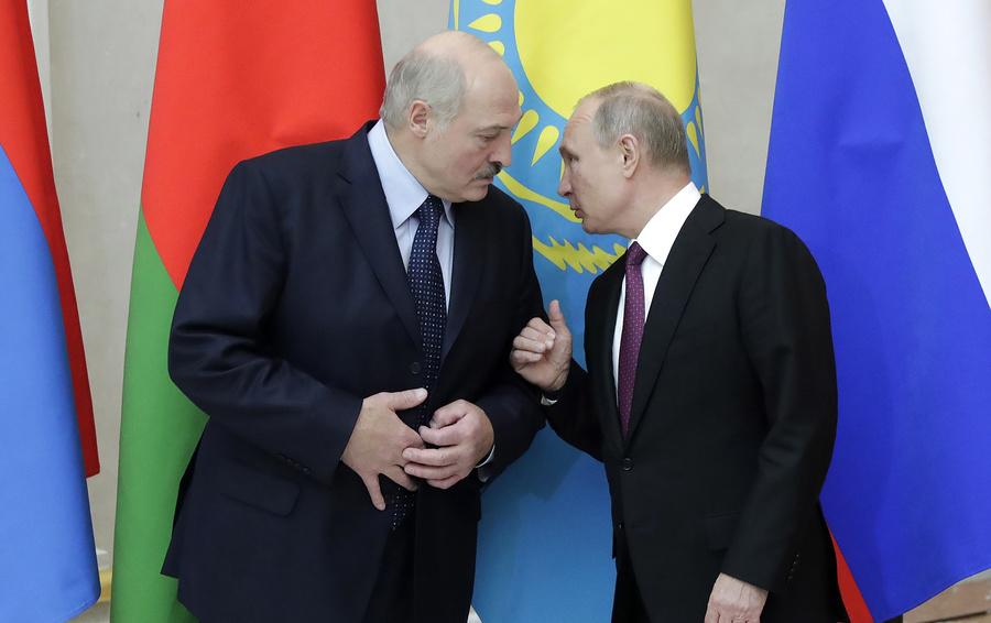 Минску стоилобы оценивать  поддержку столицы  — Медведев ответил Лукашенко