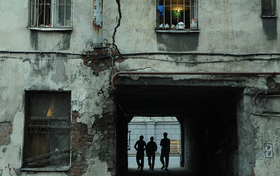 Топилин считает двукратное увеличение МРОТ в РФ проблематичным