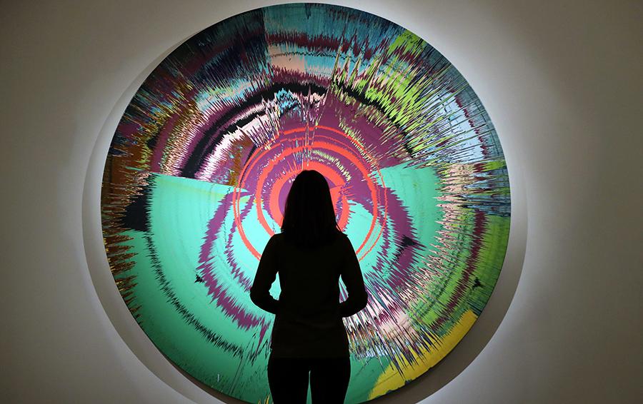 Предаукционная выставка топ-лотов Sotheby's из личной коллекции Дэвида Боуи в Лондоне