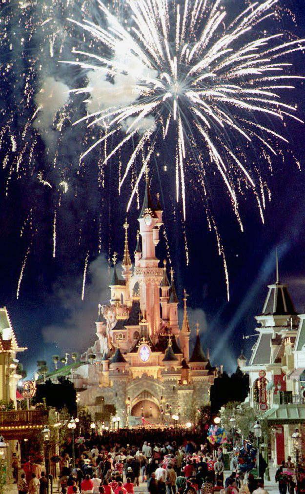Апрель 1992 года. Открытие парка развлечений Walt Disney под Парижем