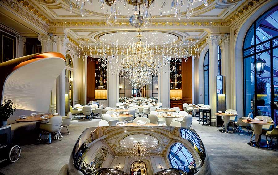 Ресторан Алена Дюкасса в Paris hotel Plaza Athenee