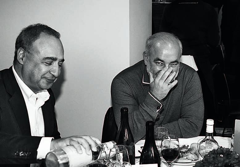 Знакомство Александра Бронштейна с Вексельбергом (на фото справа) и его партнером Леонардом Блаватником (слева) переросло в совместный бизнес.