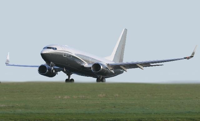 Самолет BOEING BBJ2