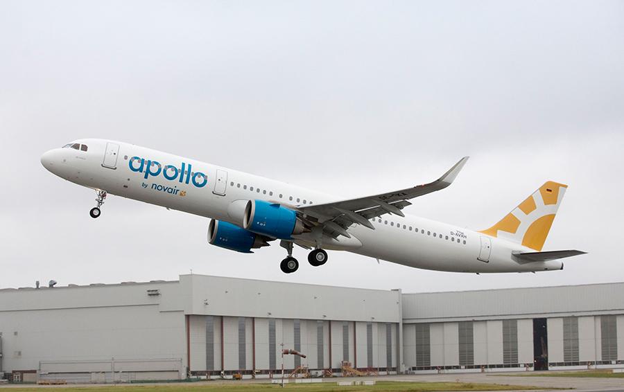 Airbus A350 в полёте.