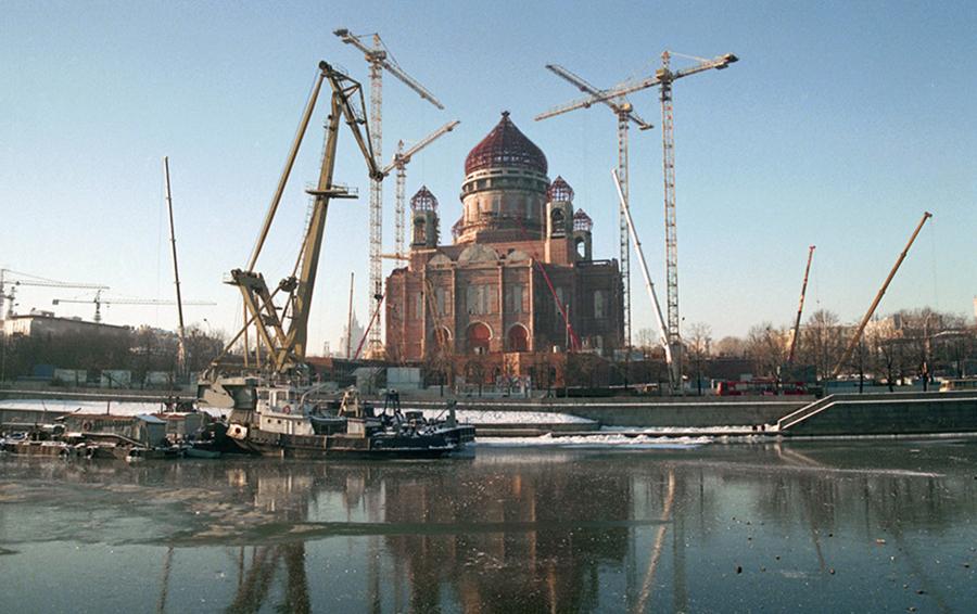 Реконструкция Храма Христа Спасителя при Юрии Лужкове