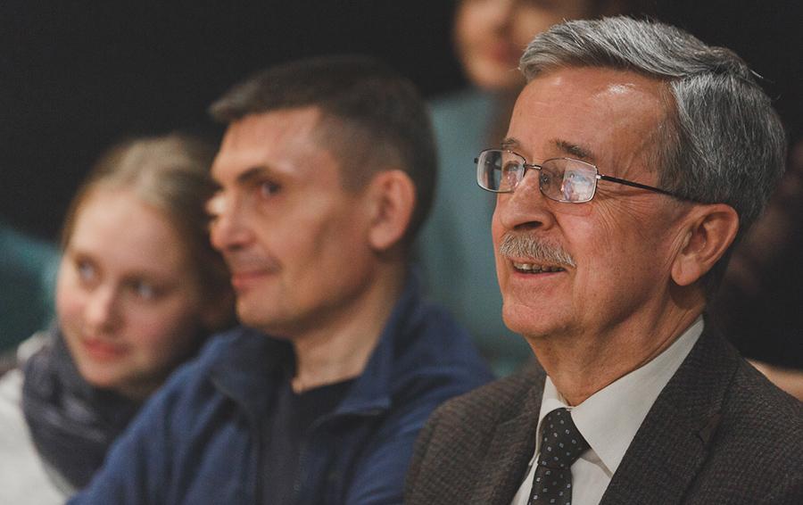 Кирилл Рогов: «У нас как в Латинской Америке — экономика плохая, а запросы довольно высокие»