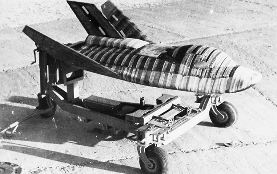 Ракетоплан БОР-2 на технологической тележке во время предстартовых испытаний/Из архива Вадима Лукашевича