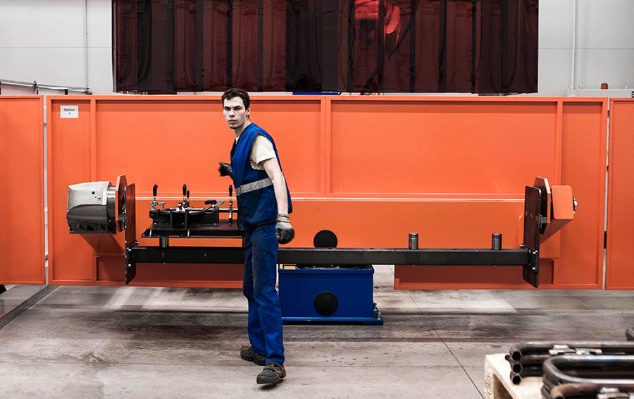 Построенный «Агро-Белогорьем» совмест- но с немцами завод «ЗМС-Технолоджи» за 757 млн рублей должен снизить зависимость агрокомпаний от импорта оборудования