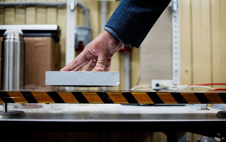 Магнитная левитация — самое зрелищное свойство сверхпроводников. Так работают поезда на «воздушных подушках»