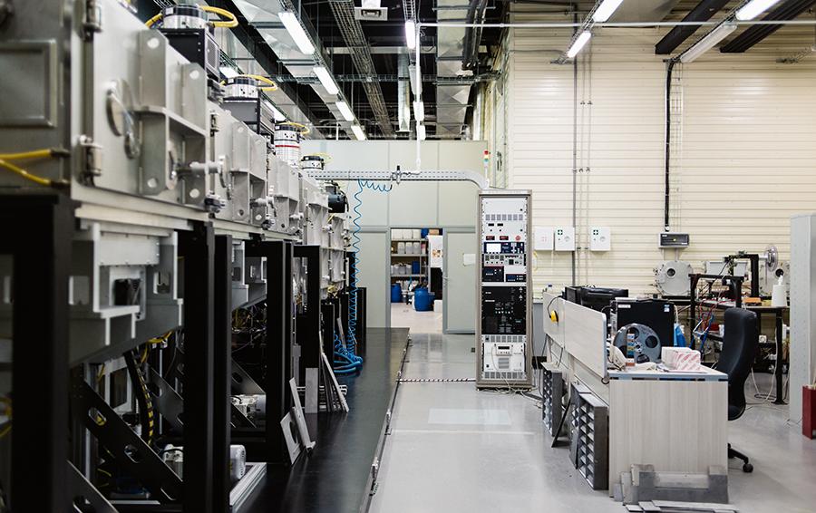 Аппаратура, применяемая для изготовлений ВТСП-провода, — уникальная разработка «Суперокса»