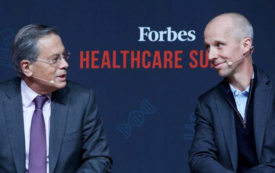 Основатель Kite Ари Беллдегран и генеральный директор Bluebird Ник Лешли обсуждают генную терапию на Forbes Healthcare Summit.