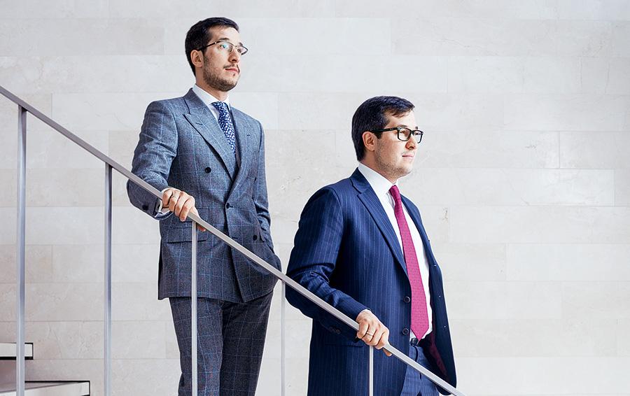 Управляющие директора O1 Group Игорь (слева) и Александр Минцы всерьез и надолго в семейном бизнесе.
