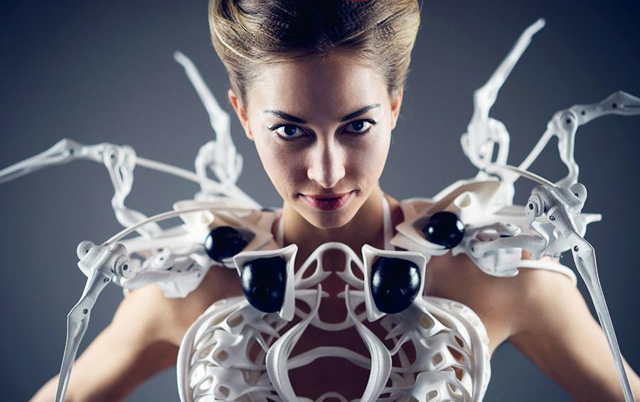Платье-паук от Анук Виппрехт