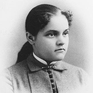В 1895 году Эдна Клара, дочь Уияльма Уолесса Каргилла, выходит замуж за Джона Макмиллана. У пары два сына: Джон Макмиллан-мл. и Каргилл Макмиллан