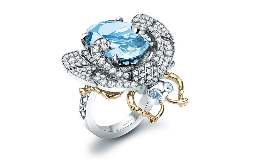 Кольцо, коллекция Encbanted Palace, белое и желтое золото, аквамарин, бриллианты, Garrard