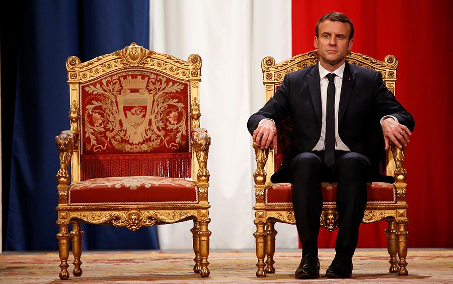 Есть контакт? Владимир Путин и четыре президента Франции