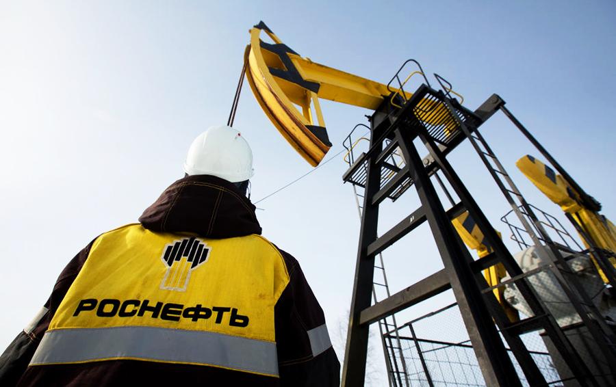 Легкая добыча: Forbes составил рейтинг крупнейших покупателей российской нефти