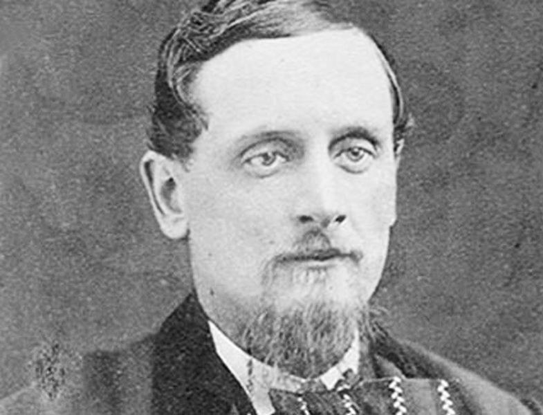 В 1865 году Уильям Уоллес Каргилл покупает зернохранилище в городе Коновер, штат Айова. К 1885 году число зернохранилищ, принадлежащих Каргиллу и его братьям, перевалило за сотню.
