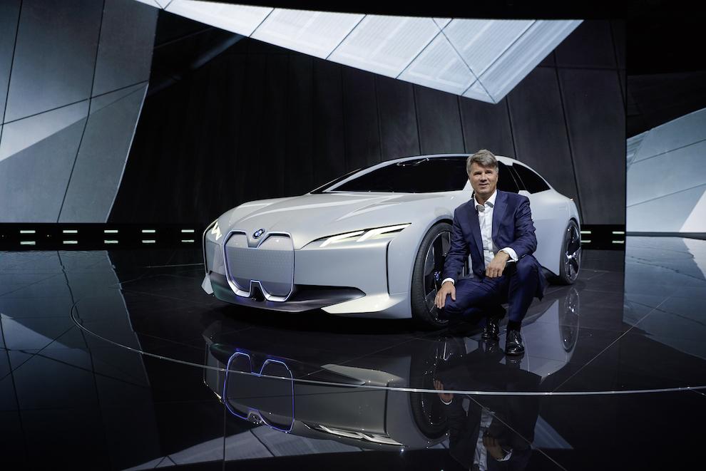 Председатель совета директоров BMW AG Харальд Крюгер и BMW i Vision Dynamics