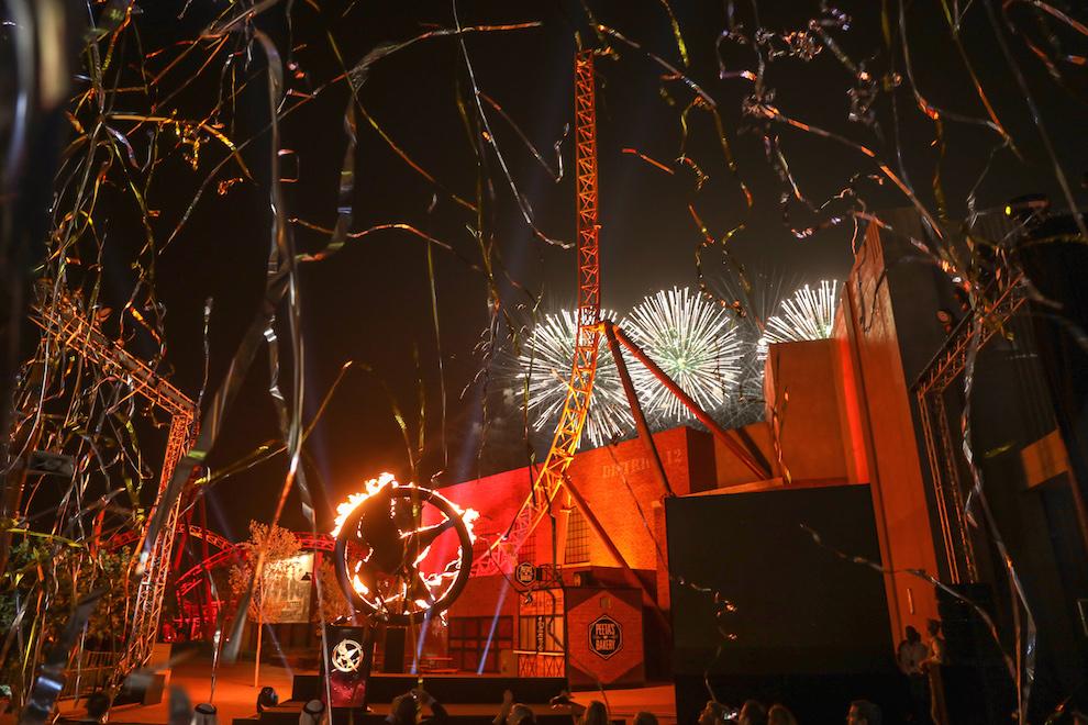 Шоу «Бунт шахтеров» в парке Motiongate Dubai