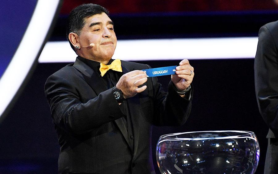 Уругвай в группу к сборной России на жеребьевке в Кремле определил Диего Марадона