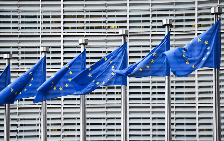 Письменно и единогласно: ЕC продлил секторальные санкции против России еще на полгода