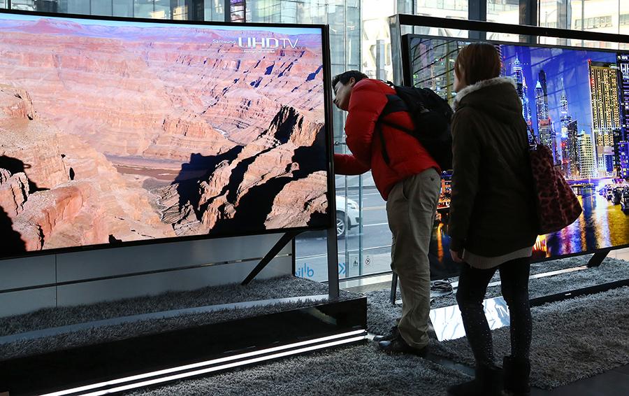 Интернет vs ТВ. Война форматов: как  уход вещания в интернет-пространство обостряет конкуренцию  за бюджеты