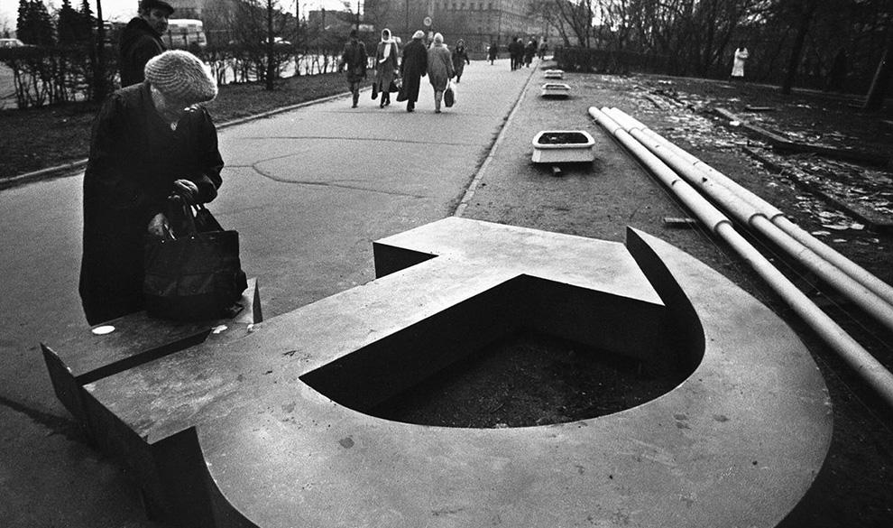 Авторитаризм без настоящего авторитета позволил сгубить СССР