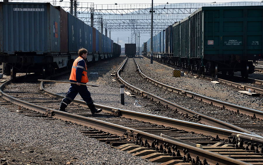 Казахстан закрыл допуск в страну инновационных вагонов из России