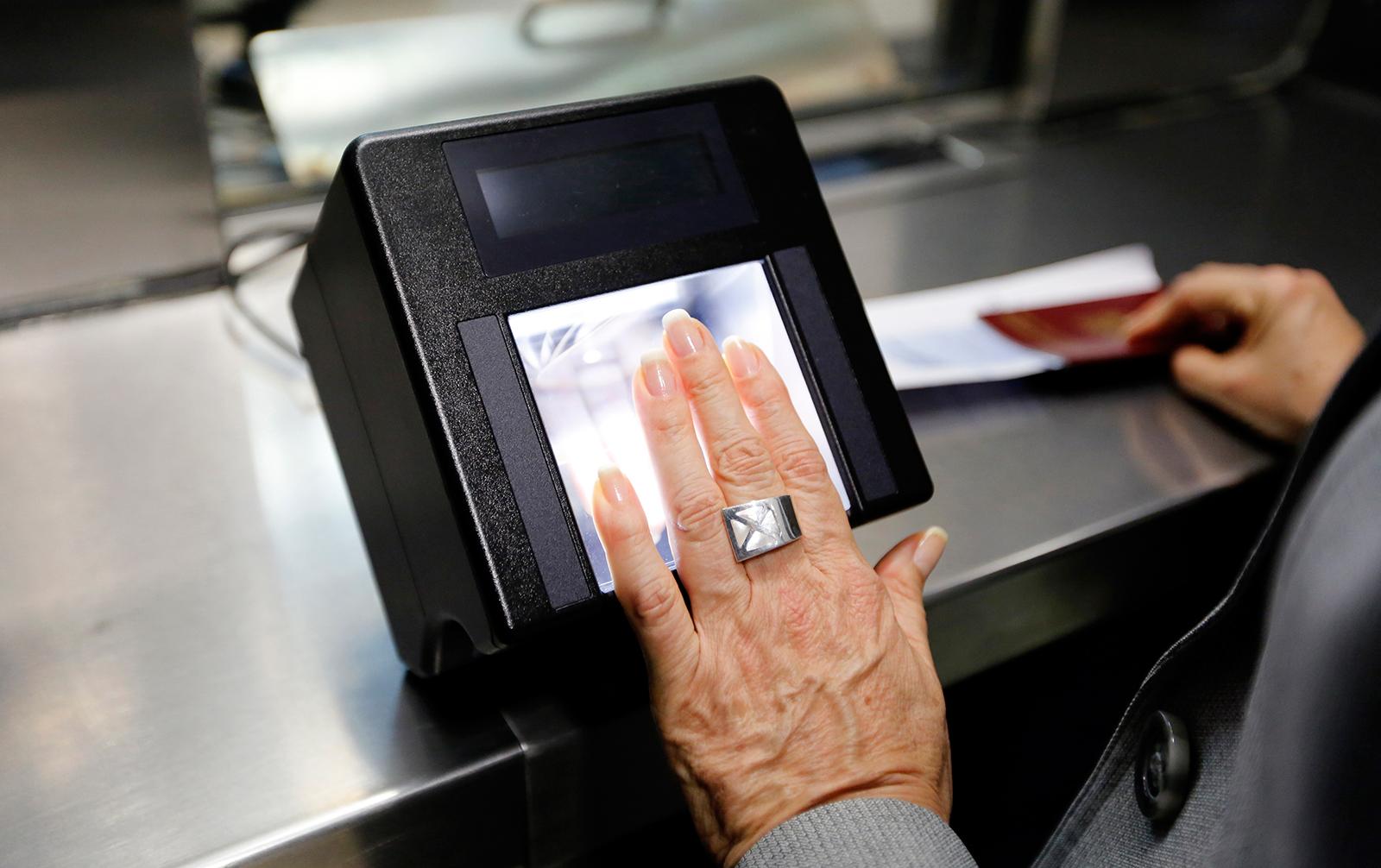 Кредит по фотографии: для банков построили единую систему индентификации клиентов