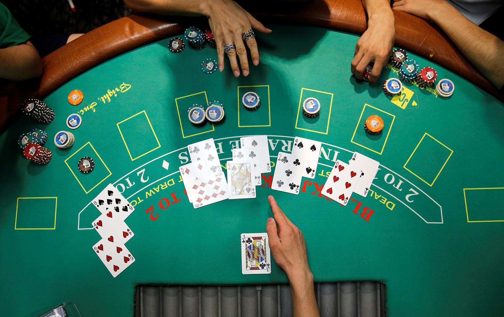Нейробиологи в казино: что творится в голове игрока