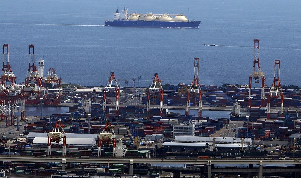 Профицитный рынок: почему мировые энергогиганты занялись торговлей СПГ