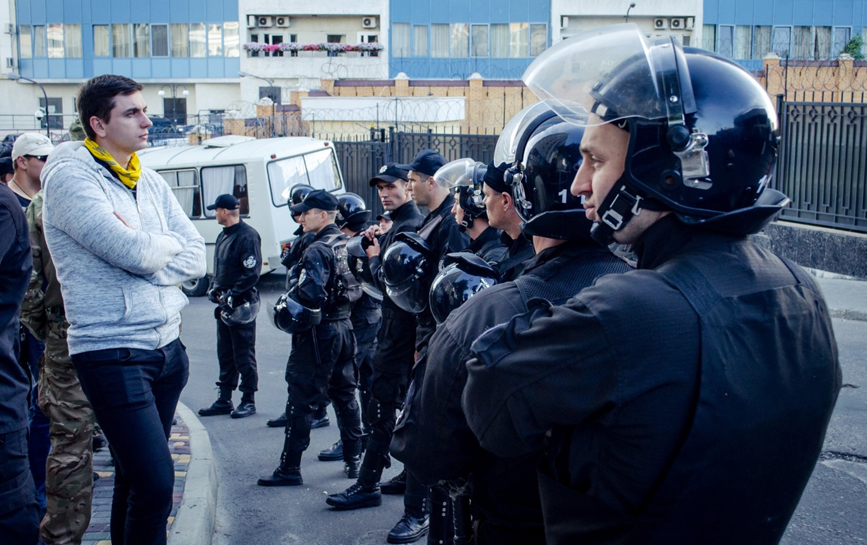 Власти Украины мешают голосованию россиян на выборах президента