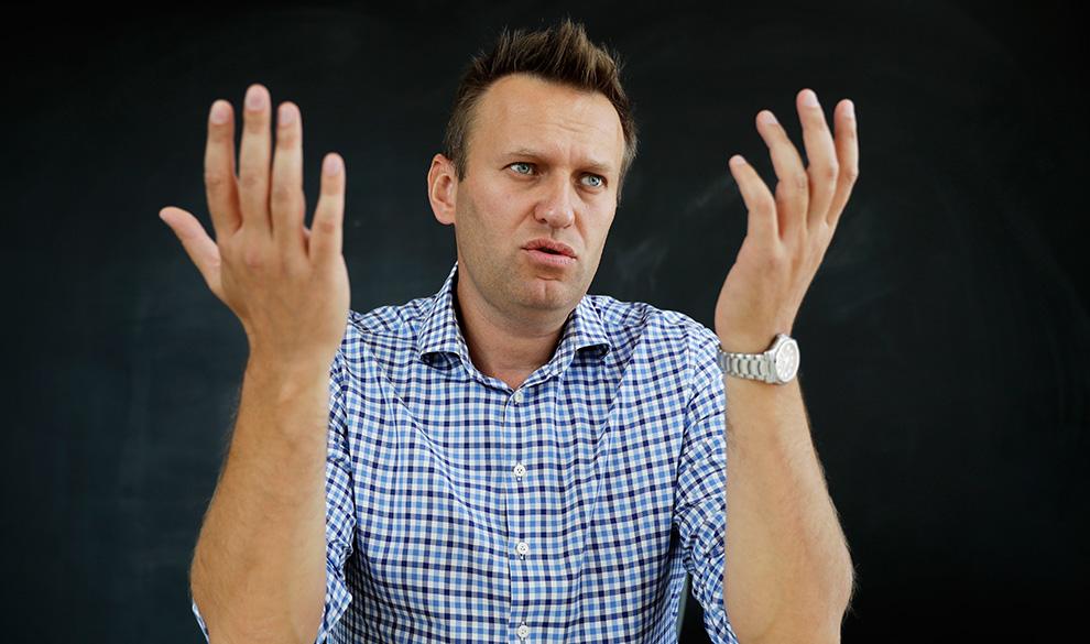 Общество компромата: как относиться к расследованиям Навального