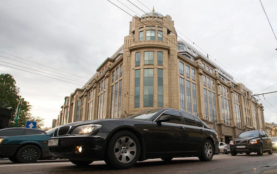 Рыболовлев продал последний крупный актив в России