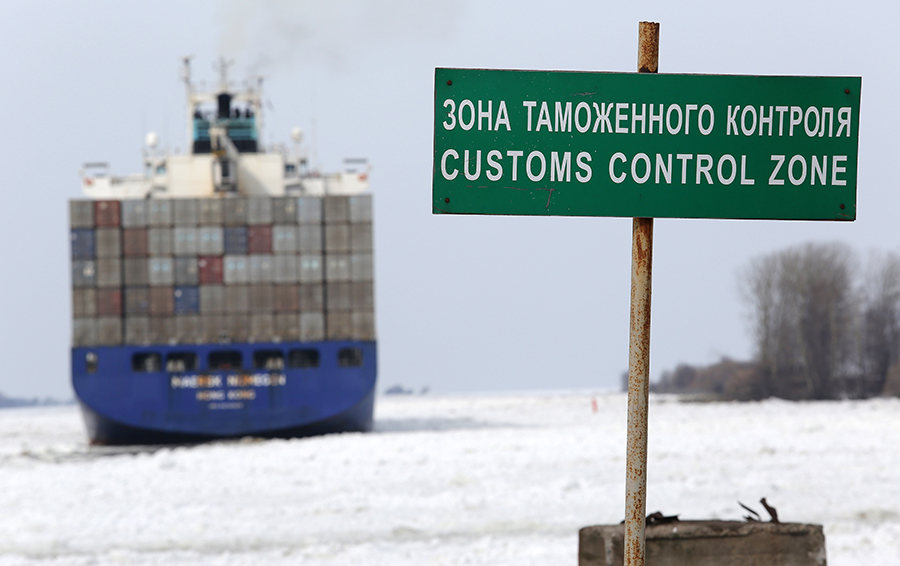 Светлое кибербудущее. Что ждет бизнес в России после объединения таможни и налоговой