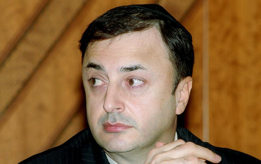 Лев Лаваев