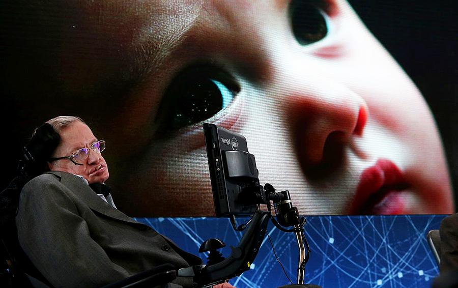 Стивен Хокинг увидел в искусственном интеллекте угрозу гибели человечества