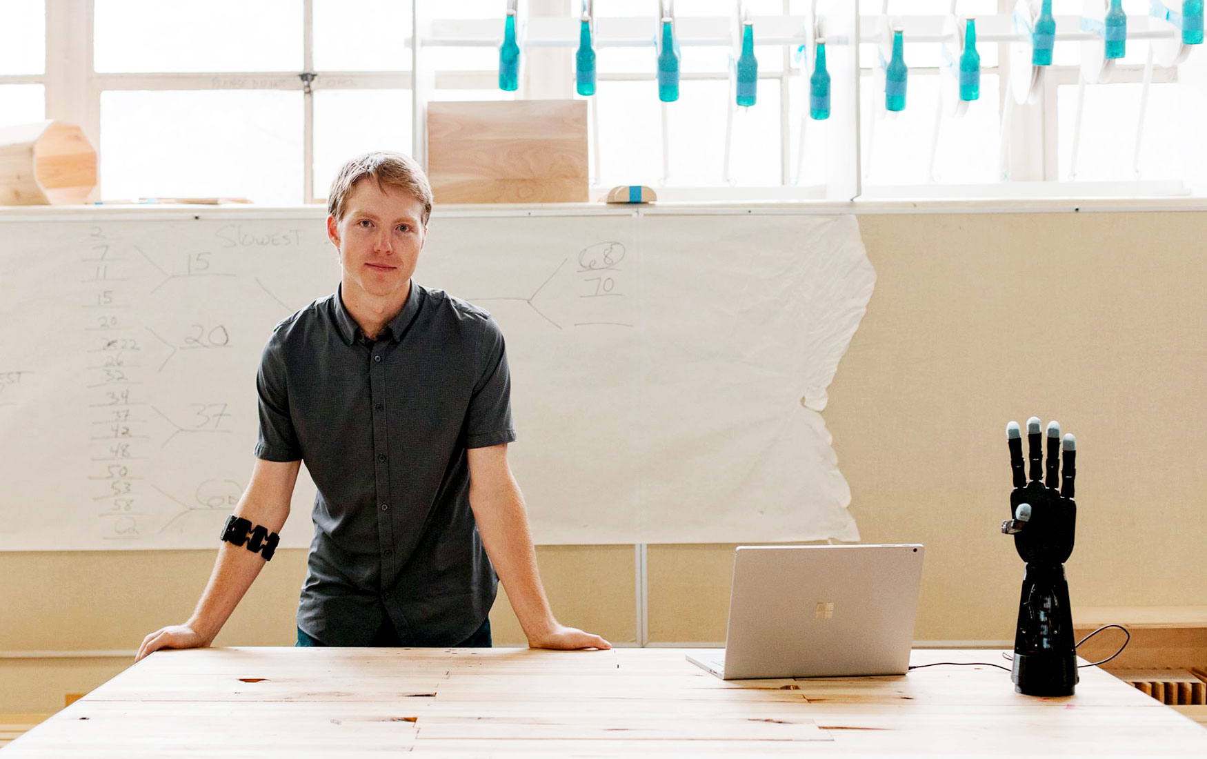 Золотые руки: американец придумал, как делать уникальные протезы на 3D-принтерах