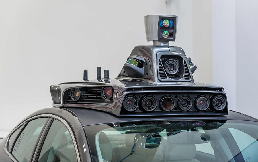 Беспилотные автоботы на дорогах России: какие законы этому мешают?