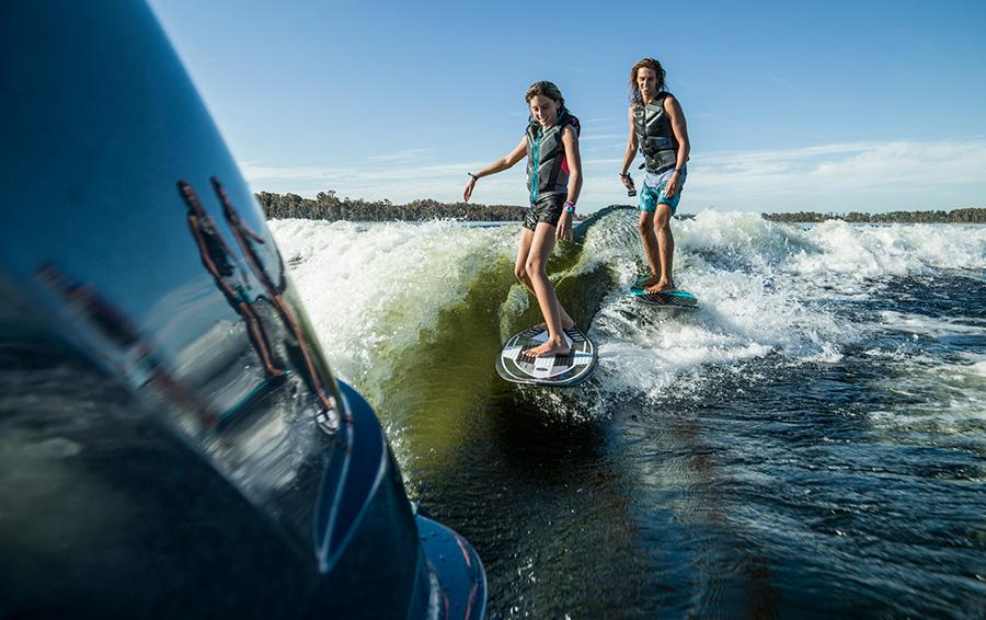 Московское море: где заняться серфингом в городе