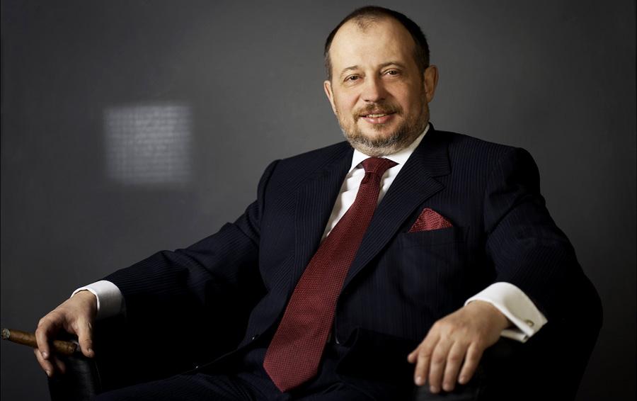 «Дотошный, как папа»: Владимир Лисин погружает сына Дмитрия в свой бизнес