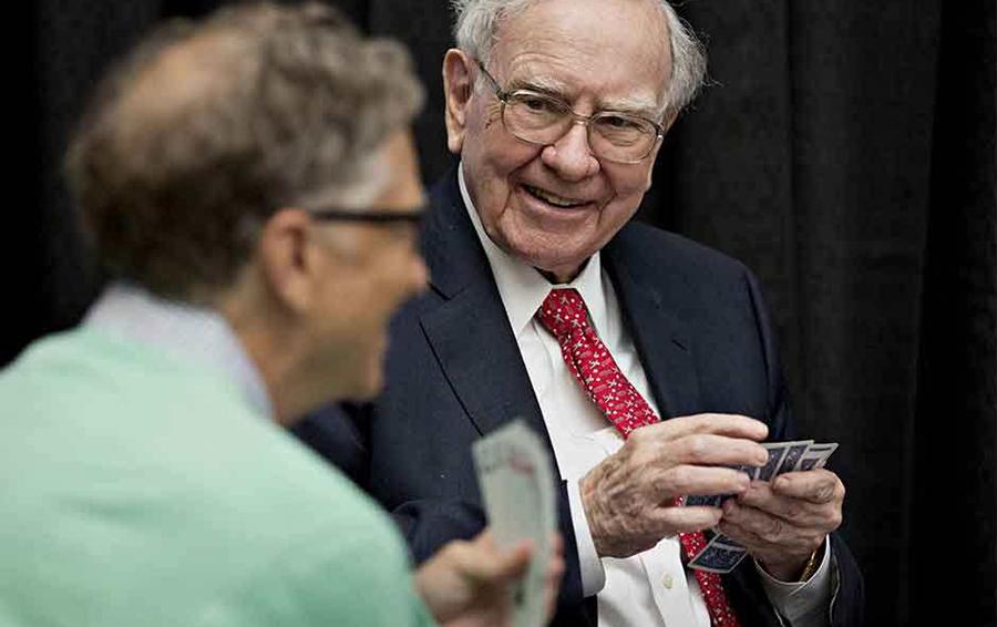 Карты и миллиардеры: зачем играют Билл Гейтс и другие богатейшие люди мира?