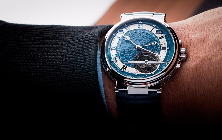 Уравнение Бреге: часы, отсчитывающие истинное время